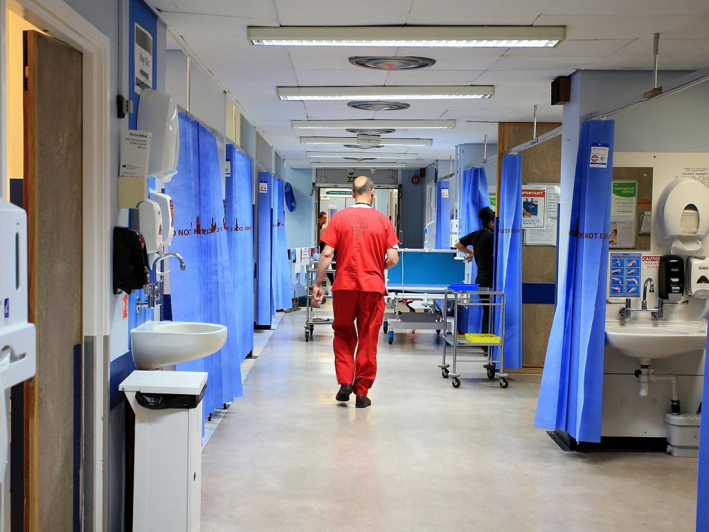 Dịch vụ Y tế Quốc gia Anh (NHS) thông báo cắt giảm thuốc Paracetamol