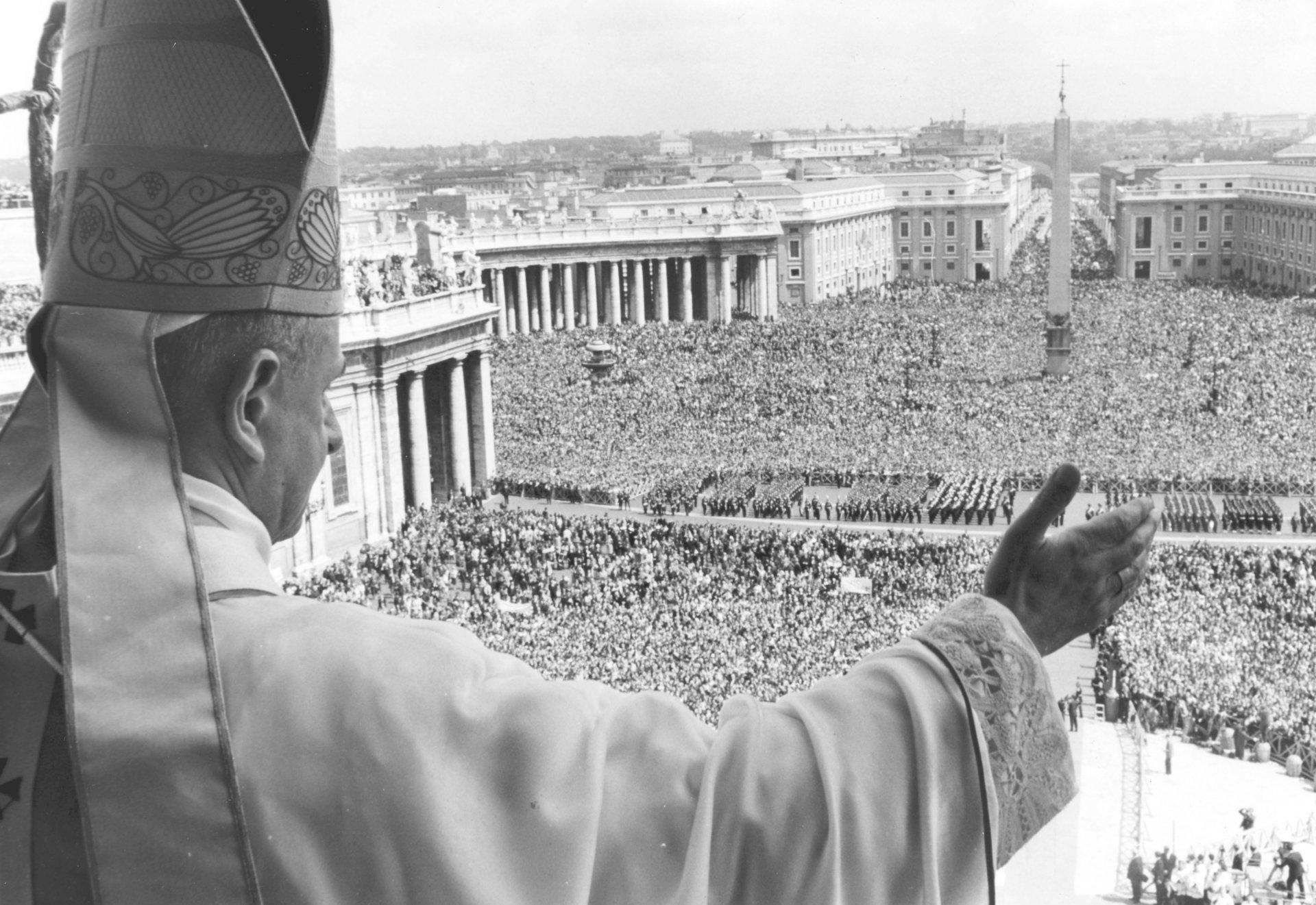 10 tấm ảnh chụp lại khoảnh khắc lịch sử bạn chưa từng biết tới