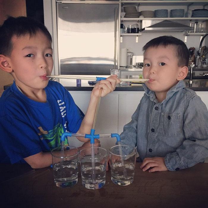 Những phát minh 'bá đạo trên từng hạt gạo' của tụi nhóc con