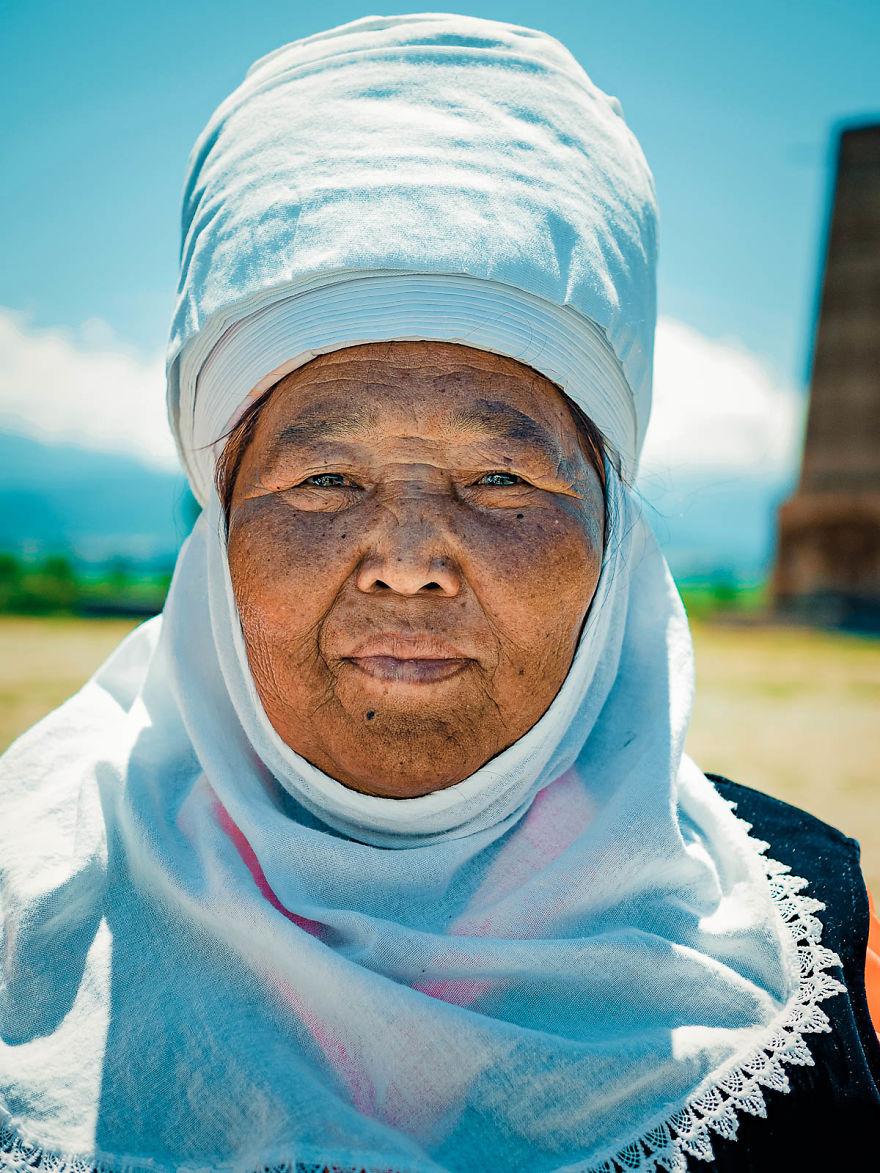 Chân dung hạnh phúc của người dân quốc gia Trung Á Kyrgyzstan