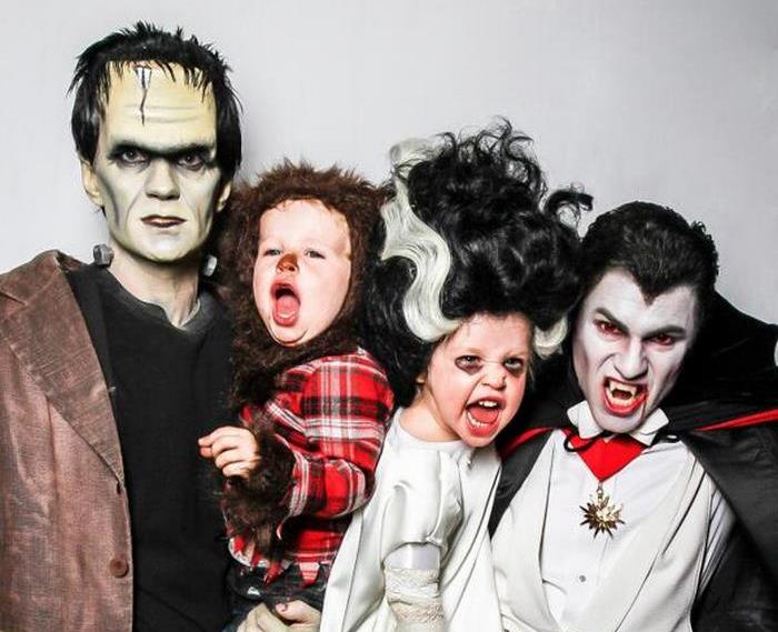 Nhà có 2 ông bố, Halloween hoành tráng... gấp đôi