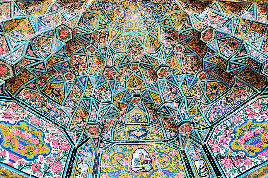 Đền Nasir al-Mulk - 'Kính vạn hoa' lộng lẫy xứ Ba Tư