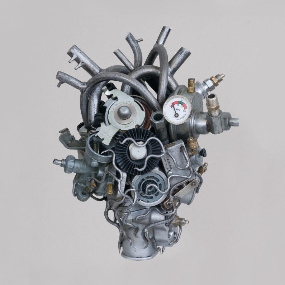 He[art] Touch: Những trái tim xinh xẻo được tạo ra từ... bãi rác
