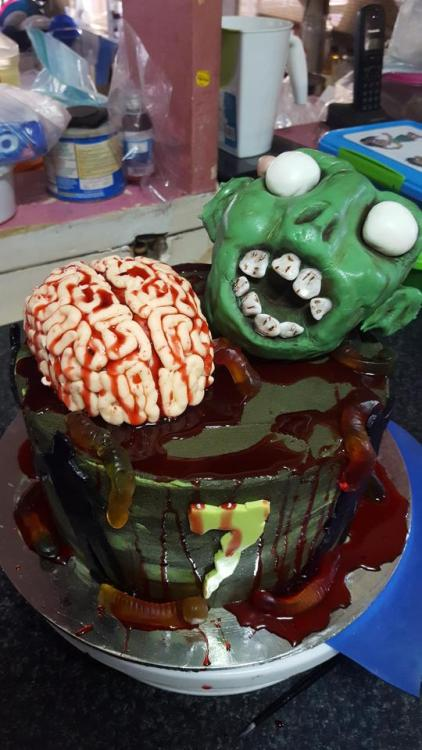 10+ kiểu bánh kẹo cho bữa tiệc Halloween không thể kinh dị hơn