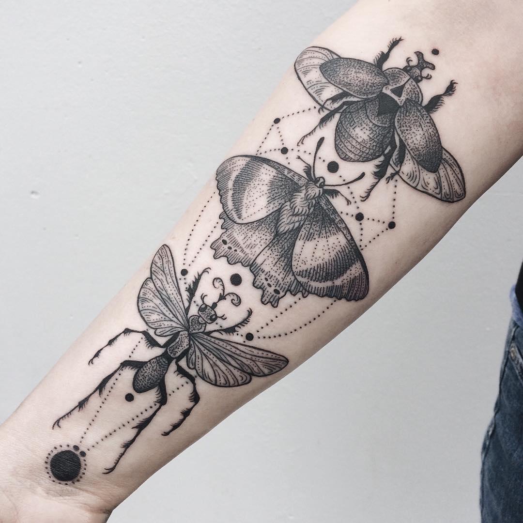 Bạn có dám xăm côn trùng lên cơ thể mình?