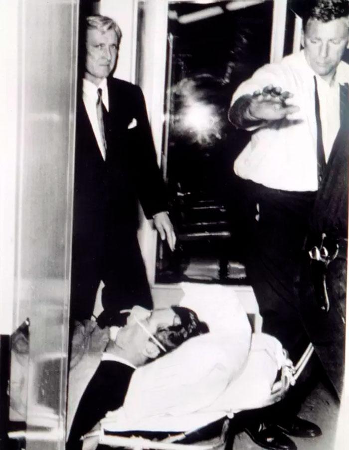 Ngắm lại những khoảnh khắc cuối cùng của người nổi tiếng trước khi qua đời