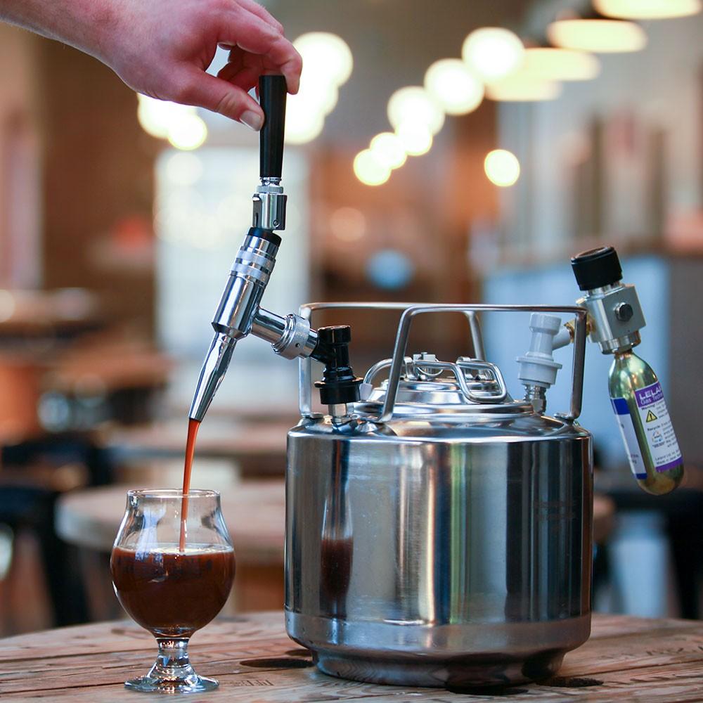 'Cà phê bia' - Thức uống thời thượng không thể không thử
