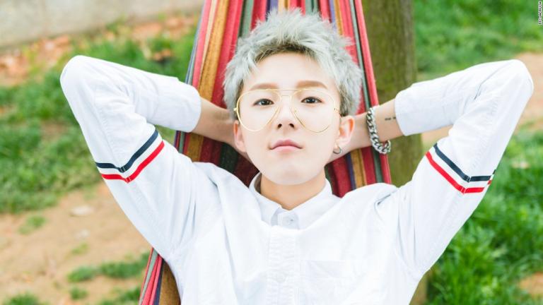 Nhóm nhạc nữ C-Pop có ngoại hình 'mỹ nam' khiến fan ngã ngửa