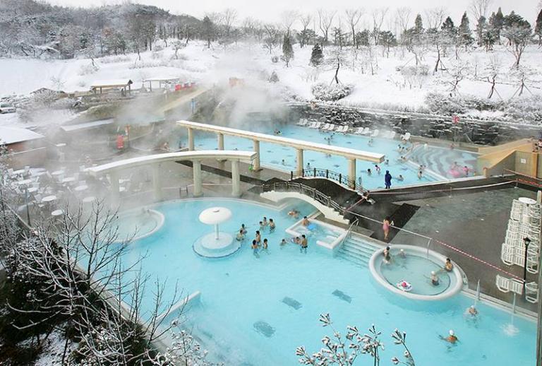 Đến Hàn Quốc vào mùa đông thì làm gì cho bớt lạnh?