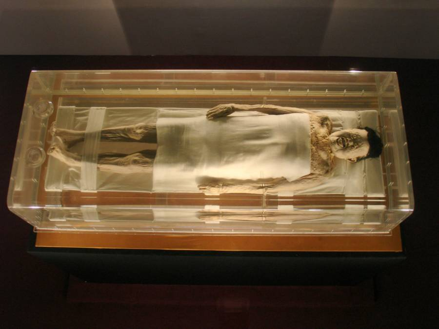Bí ẩn xác ướp 'mỹ nữ' 2000 năm da vẫn còn mềm tóc vẫn còn xanh...