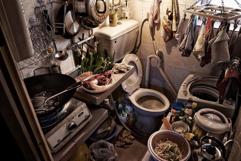 Nhà quan tài - Nơi giấu phận đời của 100.000 người nghèo ở Hong Kong