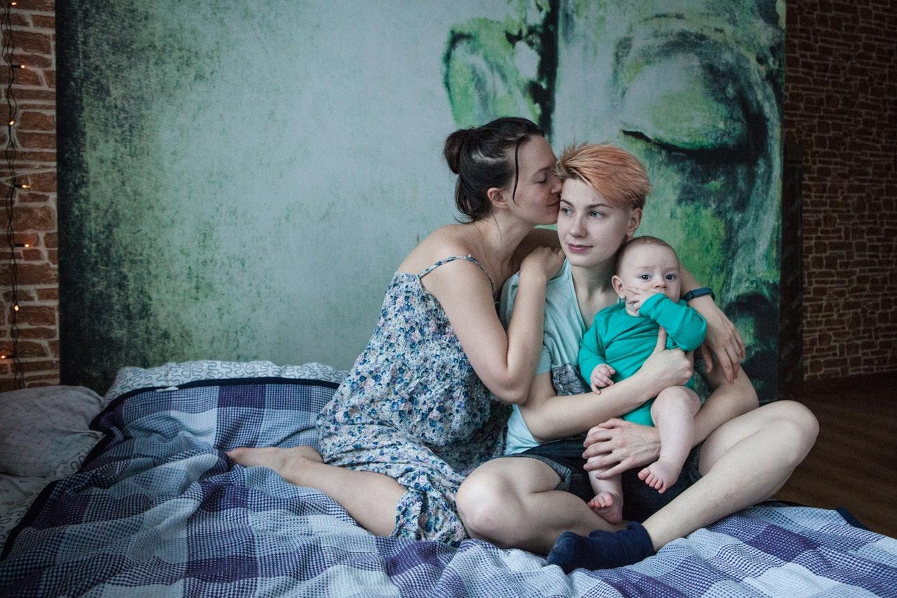 'We Are Together' - Bộ hình ý nghĩa về người đồng tính ở Nga