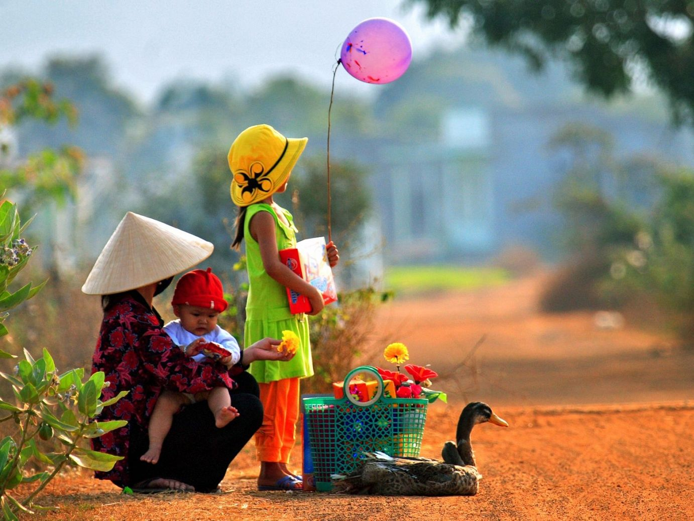 Bao nhiêu nước mừng năm mới nhưng Tết Việt vẫn độc đáo theo cách rất riêng