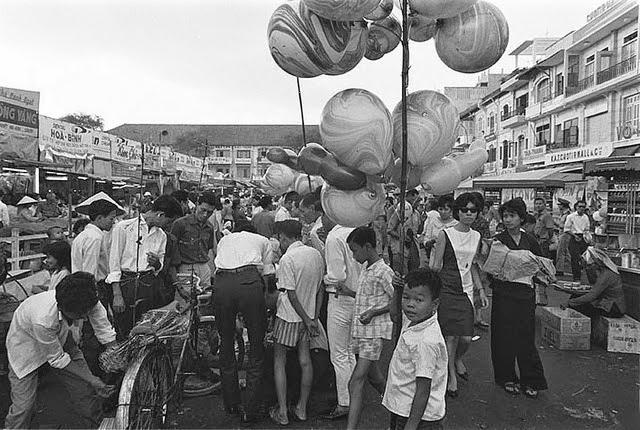 Hoài niệm về một Sài Gòn nhộn nhịp chợ hoa của Tết ngày xưa