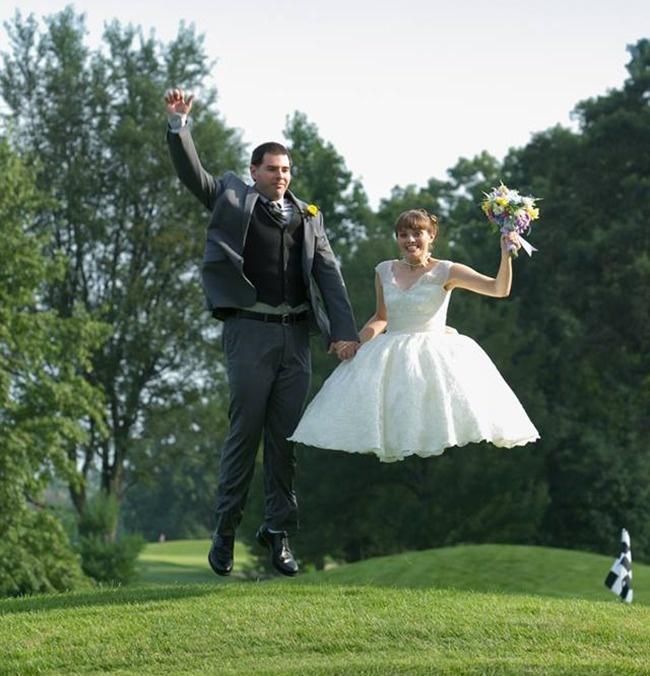 Không phải cứ bỏ tiền là có được những tấm ảnh cưới 'kịch độc' thế này đâu