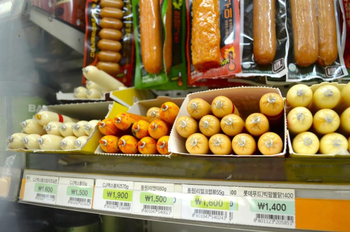 Cửa hàng tiện lợi Hàn Quốc - 'Kỳ quan thế giới mới' trong mắt du khách