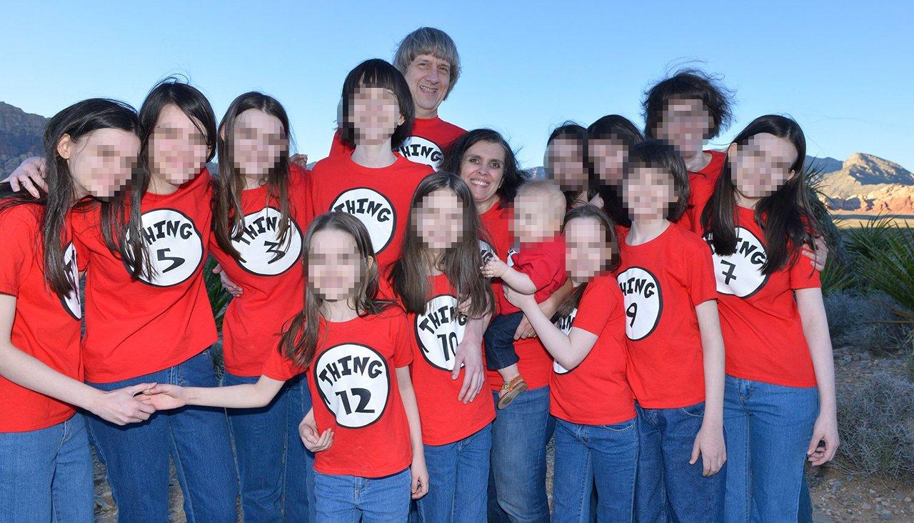 Cuộc sống mới của 13 đứa trẻ sau vụ việc bị cha mẹ ruột ngược đãi ở Mỹ