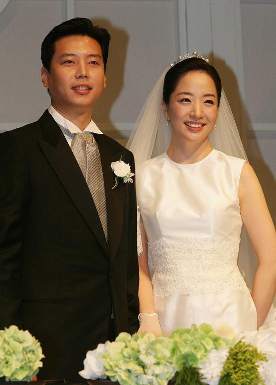 7 nguyên tắc làm dâu gia tộc Hyundai: Dậy từ 4:30 giờ sáng, ghi chép chi tiêu từng xu một