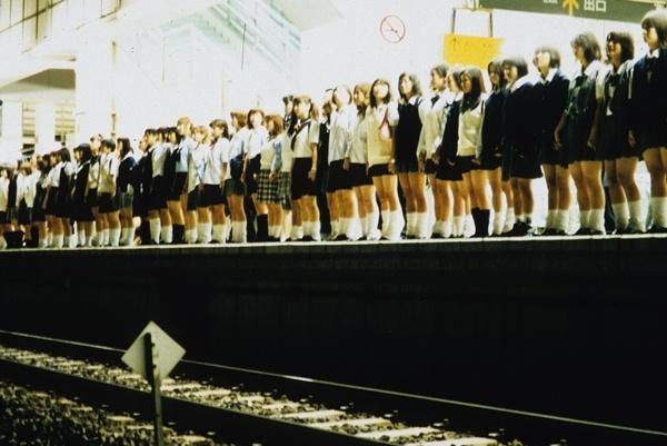 Nhớ chờ đúng nửa đêm để xem 5 bộ phim kinh dị Nhật Bản ít người biết!