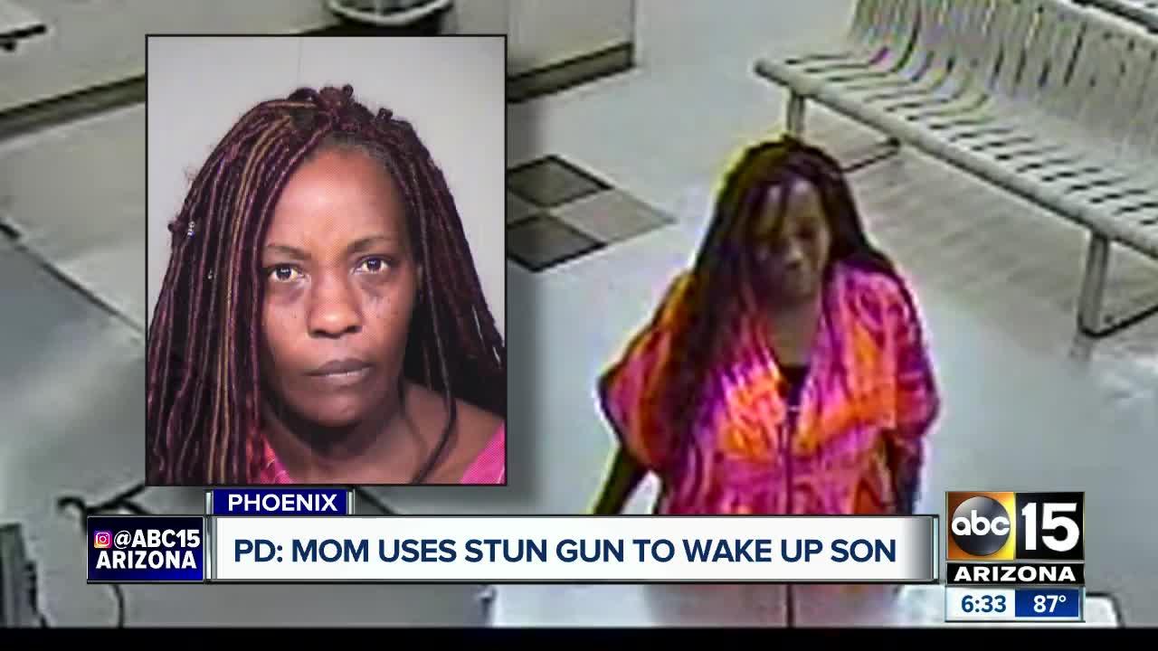 Mẹ bị bắt giữ vì dùng... súng điện đánh thức con trai dậy dự Lễ Phục Sinh