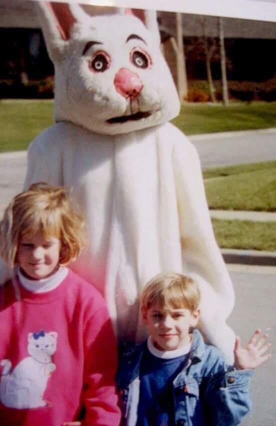 Những chú thỏ Phục Sinh kinh dị ám ảnh trẻ em ngay cả trong mơ