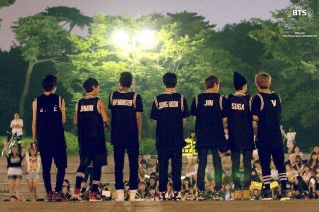 Là ngôi sao toàn cầu nhưng thuở mới debut, BTS cũng từng bị hắt hủi thế này đây