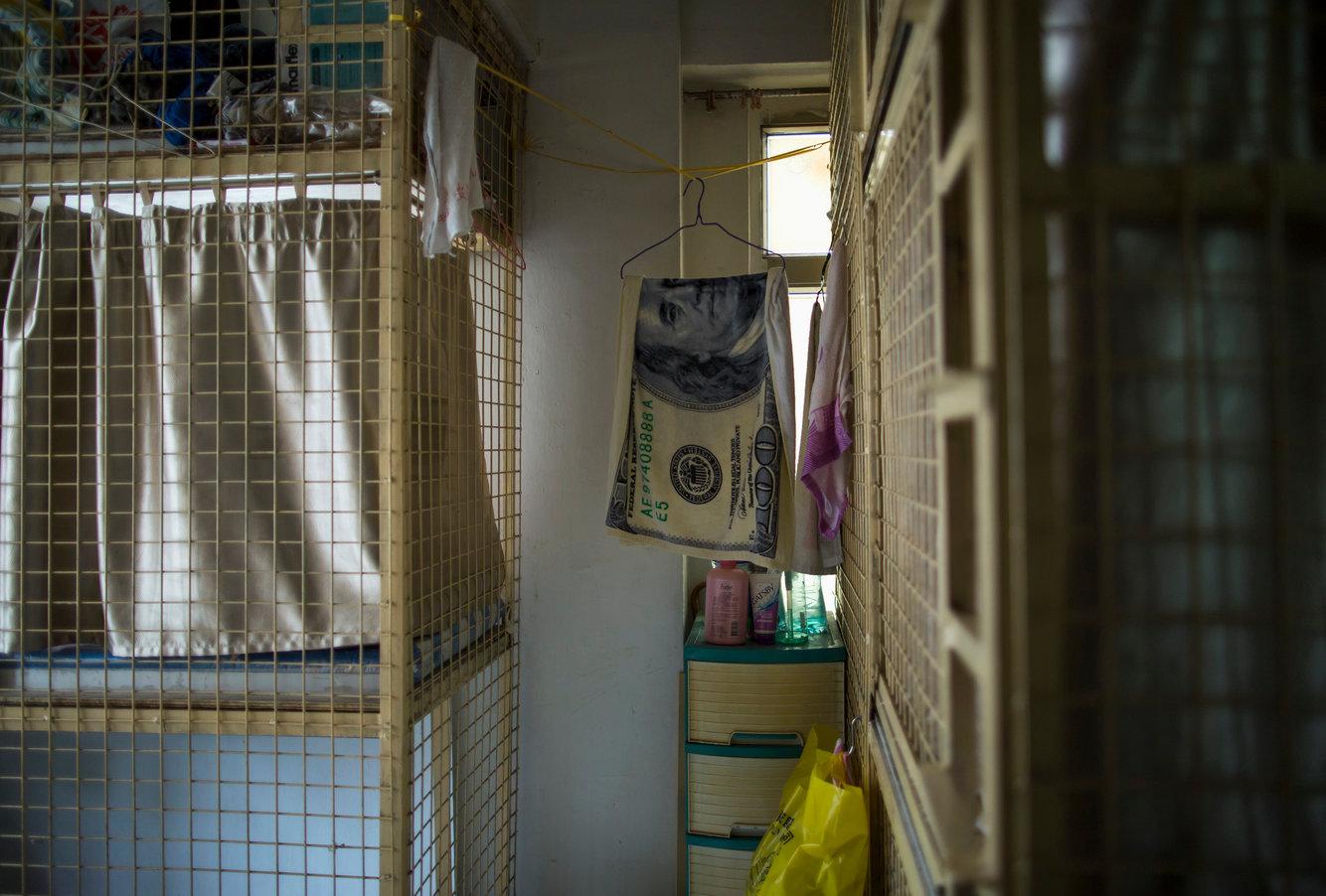 Cuộc sống 'không tưởng' trong những căn hộ siêu nhỏ chốn thị thành