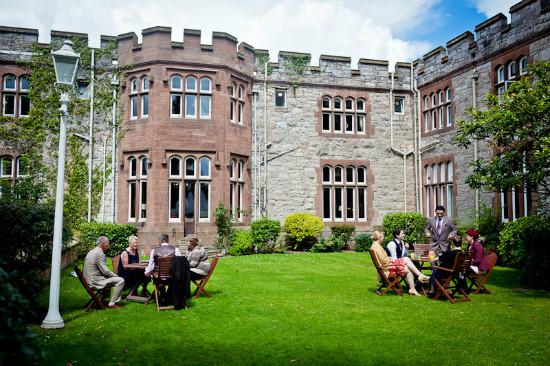 Tận hưởng cảm giác 'ngược dòng thời gian' khi ghé thăm những lâu đài cổ kính tuyệt đẹp