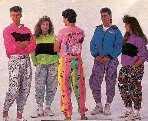 Nhìn lại những kiểu thời trang ngớ ngẩn không hiểu vì sao 'nổi đình nổi đám' một thời