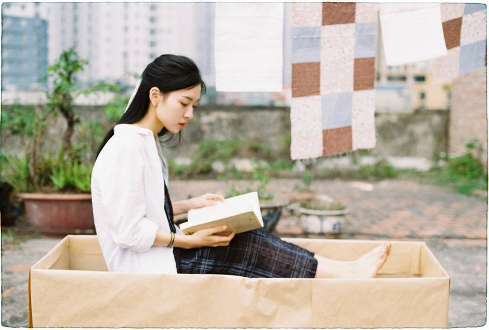 Thiếu nữ Hà thành bất ngờ nổi tiếng nhờ đẹp thuần khiết giống Châu Đông Vũ