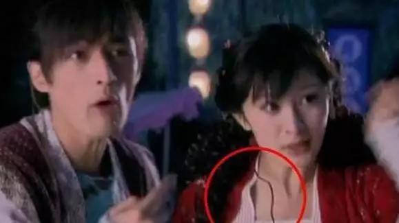 Những cảnh phim Hoa ngữ nhảm nhí: Trần Hiểu nhảy rơi cả tóc, Dương Mịch còn không thèm chảy máu khi trúng tên