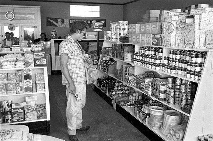 Loạt ảnh vintage chụp tại siêu thị ngày xưa 'xịn xò' không kém gì bây giờ