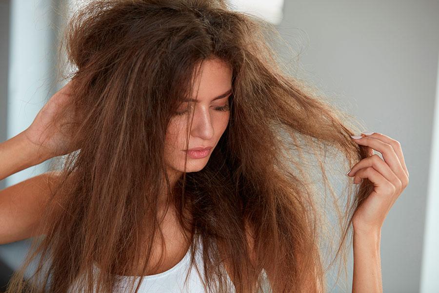 Những sai lầm chết người khiến tóc bạn 'rụng như lá mùa thu'