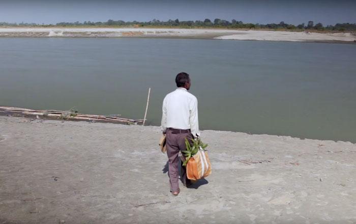 Người đàn ông ròng rã 40 năm trời trồng cây cứu đảo