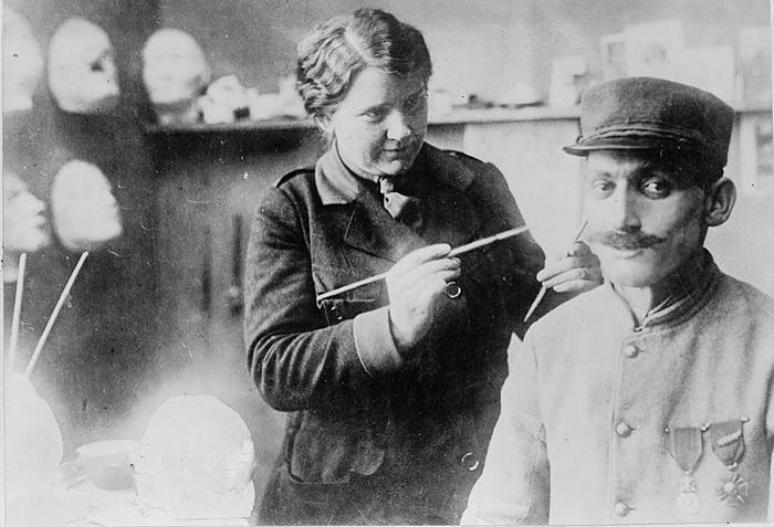 'Nữ phù thủy' có biệt tài thay đổi dung nhan đã cứu vớt cuộc đời nhiều cựu binh thế chiến thứ I