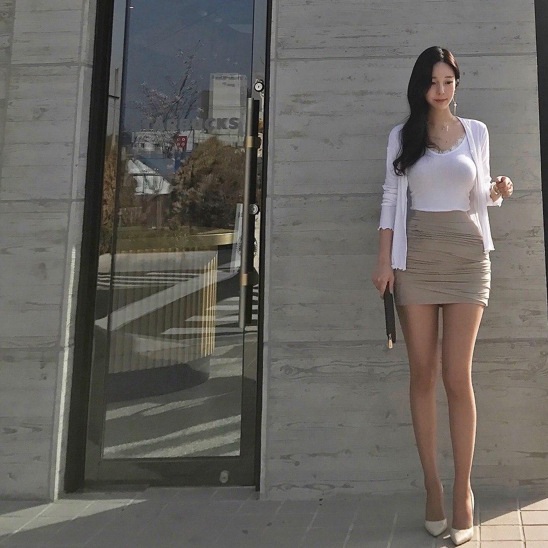 Tác giả webtoon đình đám 'True Beauty' lần đầu lộ diện: Nhan sắc cực phẩm như nữ chính trong truyện