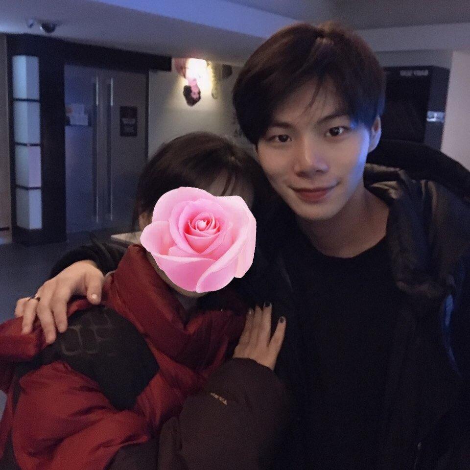 Produce X 101: Trainee 'bét bảng' tăng hạng thần kì nhờ tâm thư đáng yêu của chị gái gửi netizen Hàn