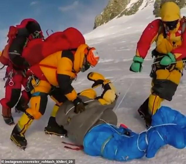 Số lượng người bỏ mạng trên đỉnh Everest đạt kỷ lục, chính phủ Nepal không có ý định hạn chế giấy phép leo núi