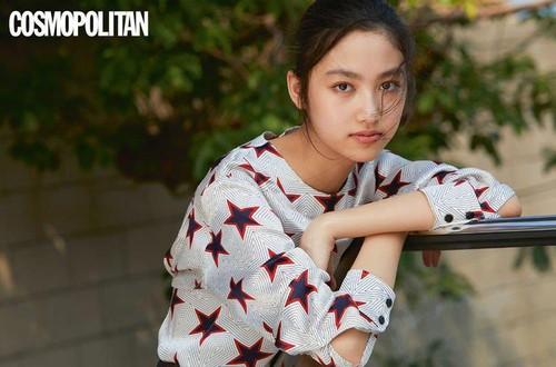 15 tuổi cao 1m80, con gái tài tử Hong Kong Nhậm Đạt Hoa được khen là mỹ nữ đẹp nhất của thế hệ thứ hai