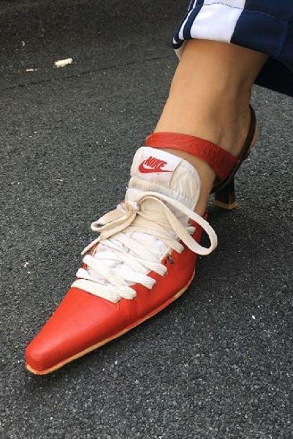 Giày cao gót với phong cách Nike, bạn có dám thử?