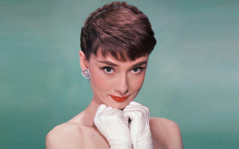 Cuộc đời phi thường của Audrey Hepburn: Từ nữ minh tinh màn ảnh đến nhà hoạt động nhân quyền