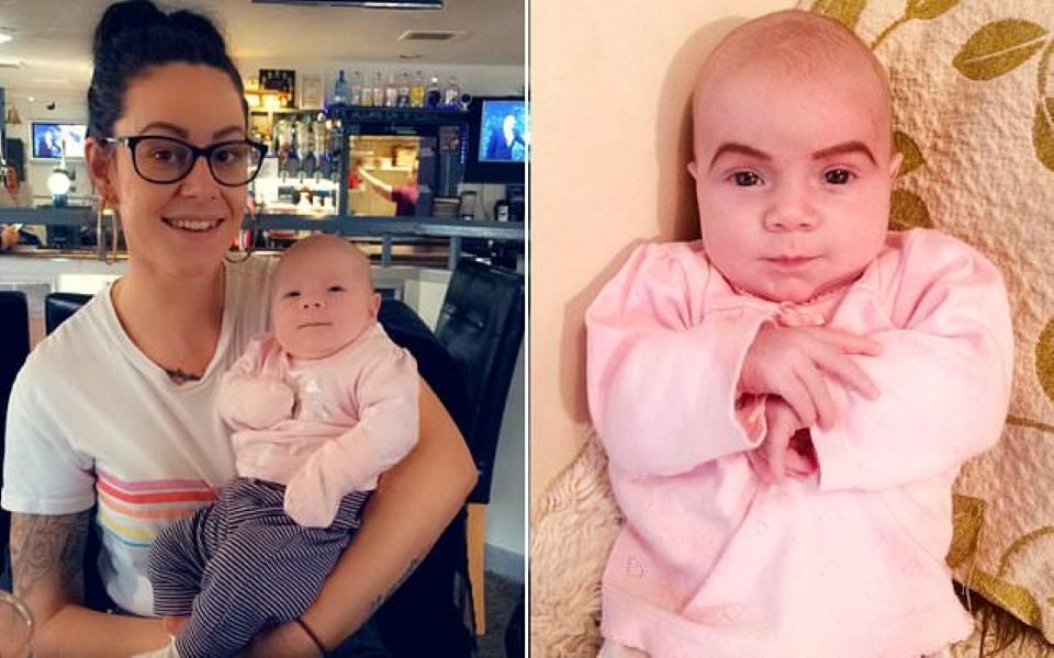 Mẹ vẽ lông mày lên mặt con gái 6 tuần tuổi, dân mạng tranh cãi là đáng yêu hay đang 'lạm dụng trẻ em'