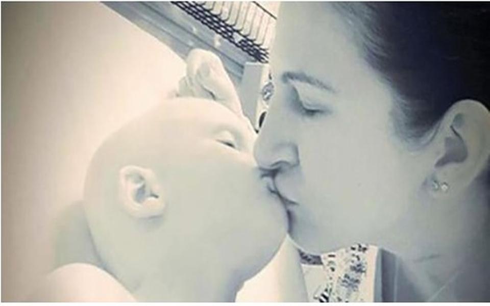 Thắt lòng trước lời trăng trối an ủi mẹ của cậu bé 4 tuổi mắc bệnh ung thư