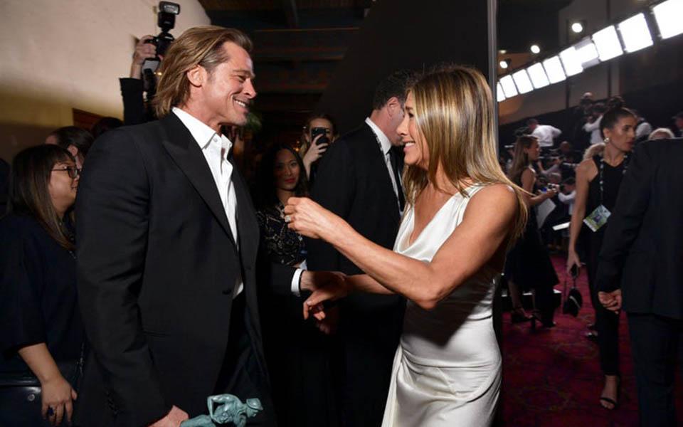 Brad Pitt và vợ cũ Jennifer Aniston tái hợp, mùi mẫn bên nhau ở lễ trao giải SAG