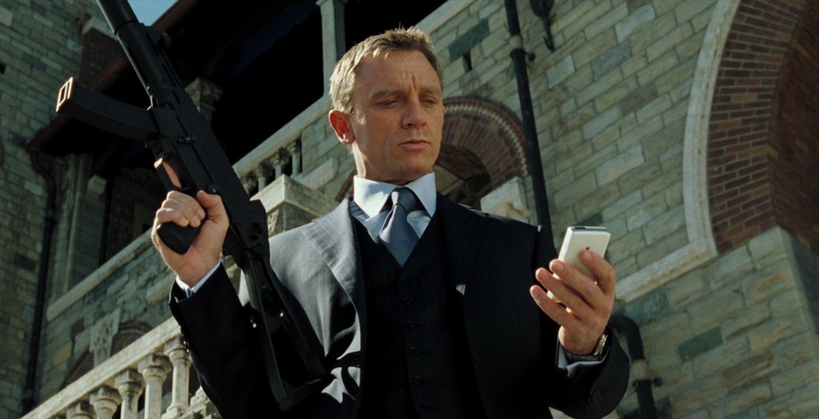 Điệp viên 007 trông hào hoa thế thôi nhưng là sát nhân máu lạnh thực thụ