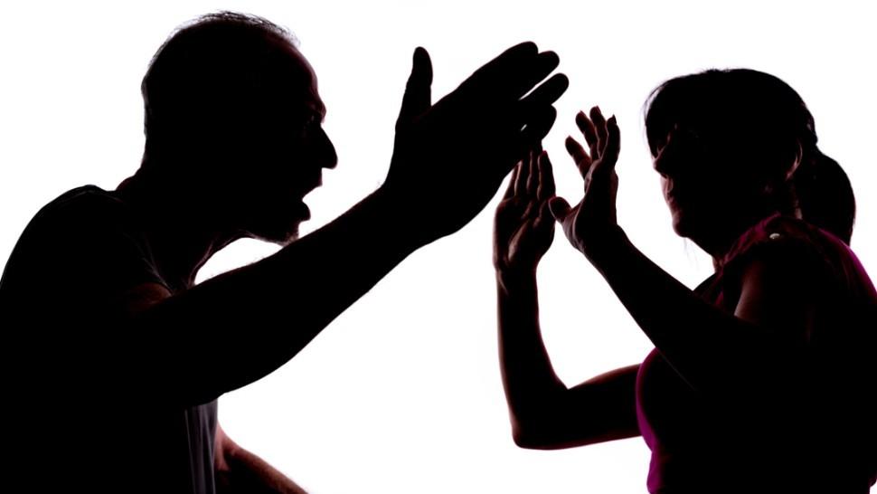 Số vụ bạo hành gia đình ở Mỹ gia tăng đáng kể vì dịch COVID-19
