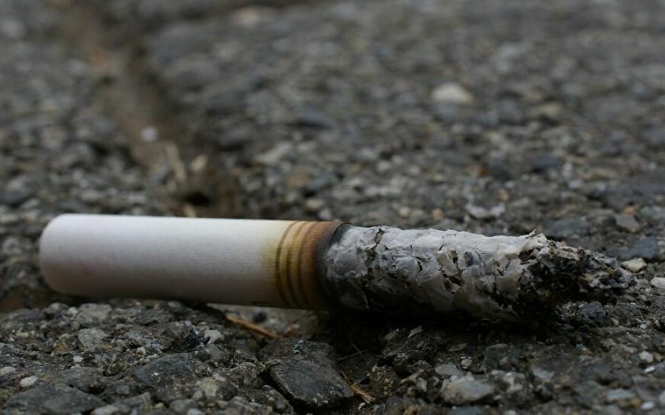 Pháp: Nghiên cứu cho thấy người hút thuốc lá có ít nguy cơ nhiễm Sars-Cov-2