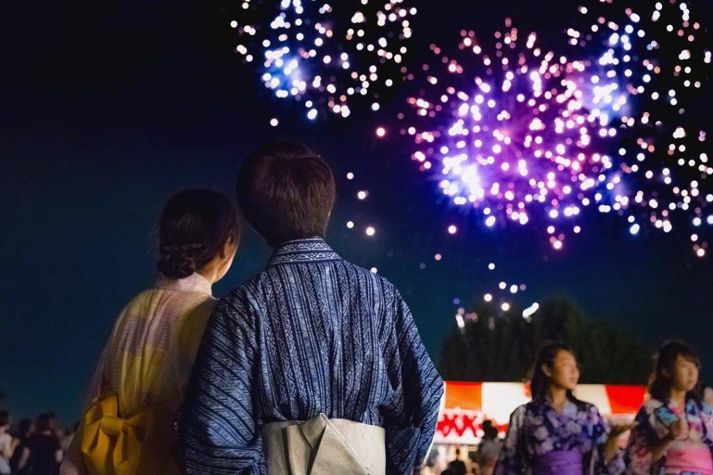 Nhật Bản bí mật tổ chức festival pháo hoa để khích lệ tinh thần người dân giữa đại dịch Covid-19