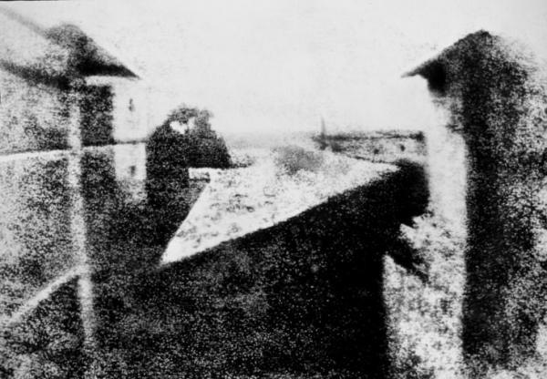 Khám phá lịch sử nhiếp ảnh qua những tấm hình 'xưa hơn quả đất'