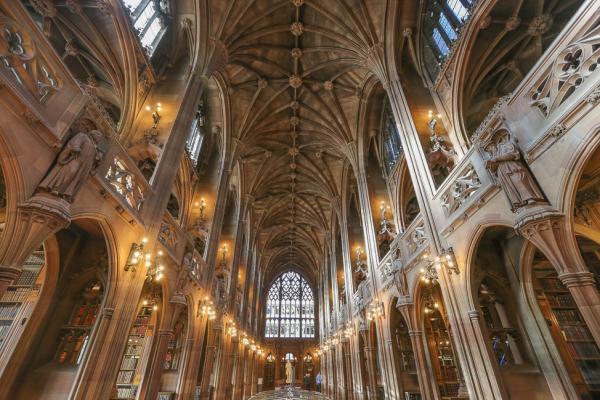 16 thư viện trên thế giới nhìn y chang trường Hogwarts ngoài đời